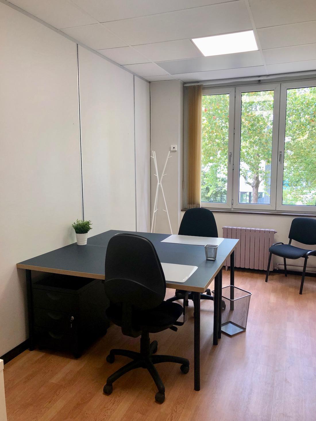 Bureau Meuble Pour 2 Personnes Vue Sur Parc Bur Hauts De